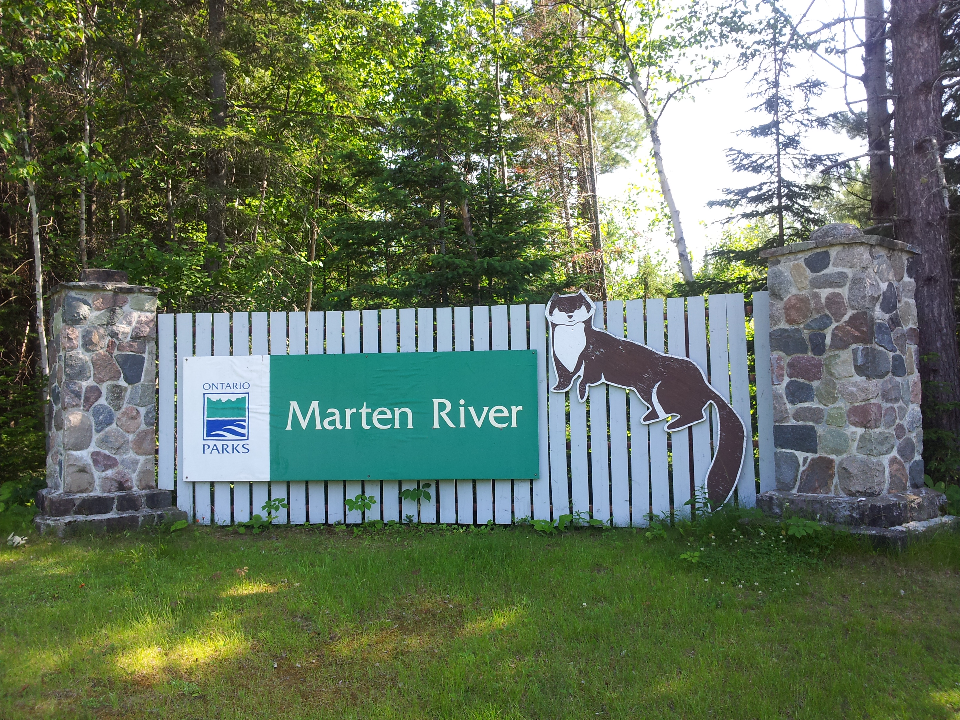 The Northeastern region has a stronghold of this ethic and has many outstanding parks. I'll introduce you to two of my favourites in the area: Marten River and Finlayson Point Provincial Parks.