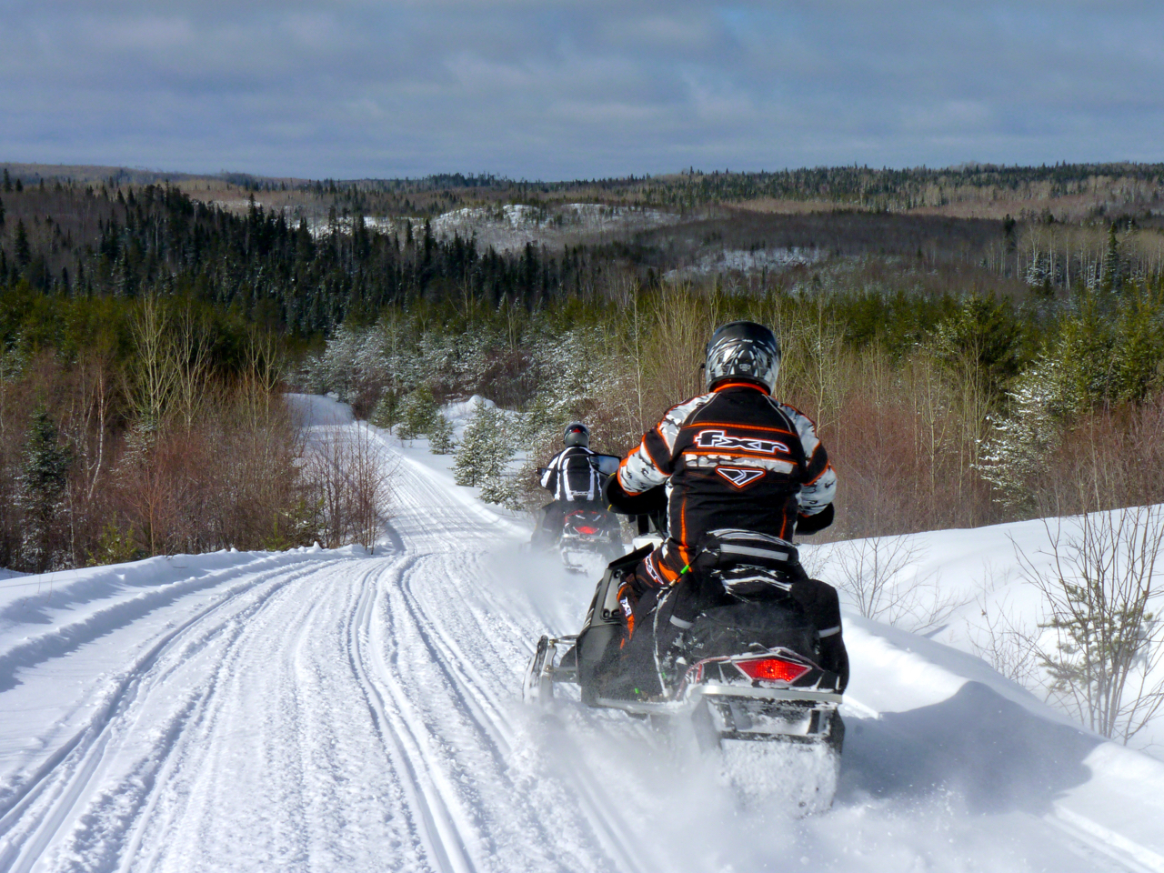 Make Northeastern Ontario Your In-Season Snowmobile Vacation Destination