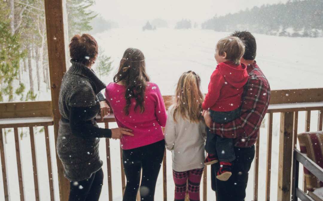 Holiday Greetings from Northeastern Ontario Tourism